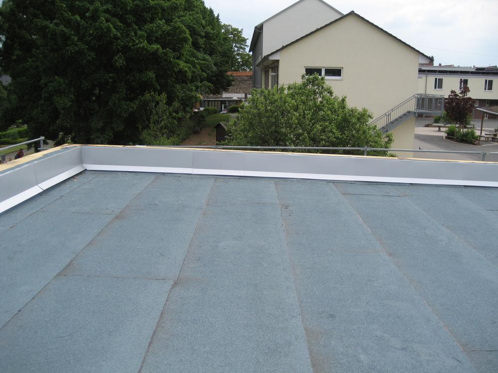 Sehr kreatives-Dachdesign.de - Flachdach DH92